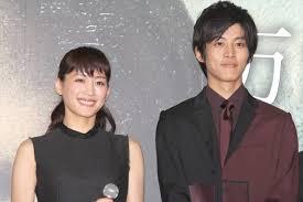 綾瀬はるかさんと松坂桃李さん